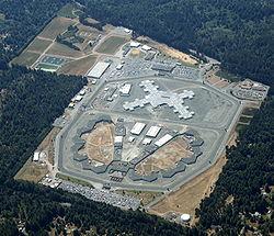 Pelican Bay photo courtesy of Wikipedia.